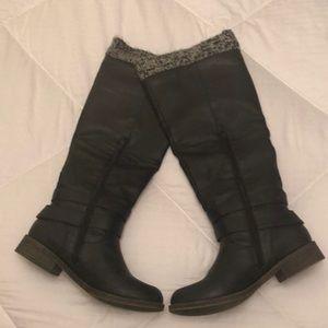 JustFab Navy Blue Knee High Boot - 7